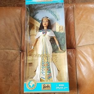 2001 Barbie princess of the Nile